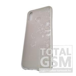 Huawei P20 Lite Ezüst Pillangó Mintás Szilikon Tok