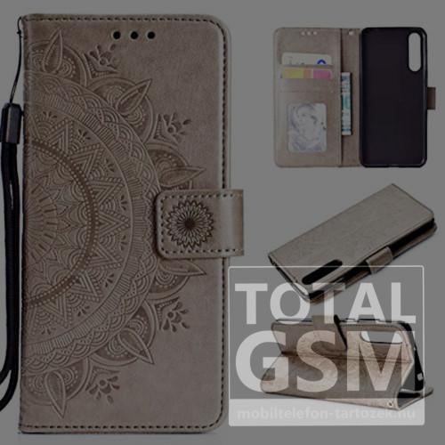 Huawei Honor 8A Tok álló, bőr hatású (FLIP, oldalra nyíló, asztali tartó funkció, csuklópánt, virág, mandala minta) BÉZS